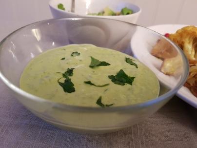Grønn tahinisaus med persille